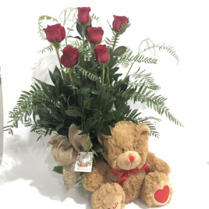 6 ROSES AND TEDDY